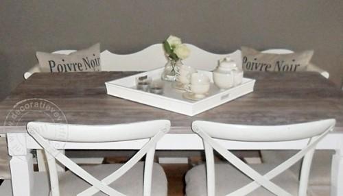 tafel koloniale stijl