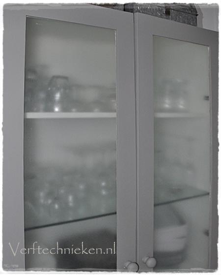 verftechnieken_kast-Zinc-glasmatteer-close