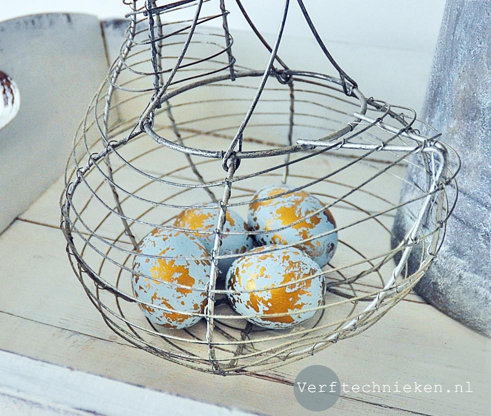 DIY Paaseieren blauw met goud