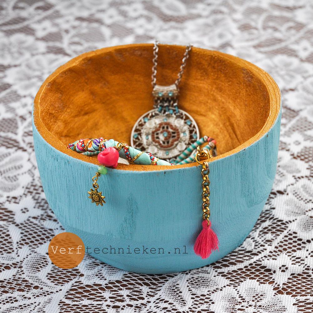 Gold & Turquoise Bowl - verftechnieken.nl