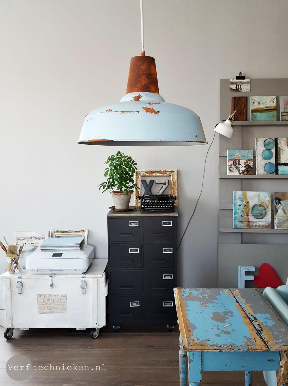 DIY Stoere Lamp met roest effect | verftechnieken.nl